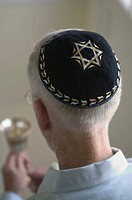 Man wearing yarmulke