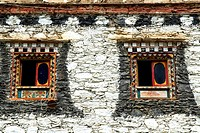 China, Sichuan, near Danba, Tibetan traditional dwelling, windows