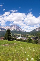 View of Cortina d´Ampezzo, Dolomites, Veneto, Italy, Europe