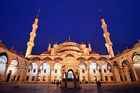 Courtyard of mosque, Blue Mosque, Istanbul, Turkey