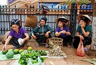 Thai farmers on the market, Yen Chau, Son La Province, Vietnam, Asia