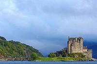 Eilean Donan castle and Loch Duich  Dornie  Highlands Region, Scotland, UK