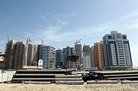 Dubai: the Greens, constructions sites