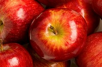 Close_up of apples