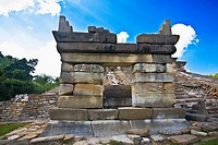 Low angle view of old ruins of a building, El Tajin, Veracruz, Mexico