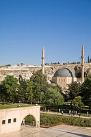 Dergah complex of Mosques surrounding Hazreti Ibrahim Halilullah, Phophet Abraham´s Birth Cave and Sanliufa castle, Sanliurfa (aka Urfa, ´the Prophet´...
