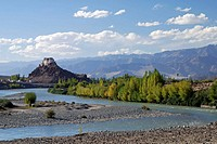 The monastery of Stakna is beautiful located in the Indus river bed Now in September the leafes of the trees are already beginning to change their col...