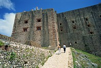 Approach to the Citadelle Fort, built in 1817 by Henri Christophe, the walls are four metres thick, Milot, Haiti, West Indies, Caribbean, Central Amer...