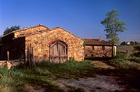 Traditional farm building near Panzano in Chianti, Chianti, Tuscany, Italy, Europe