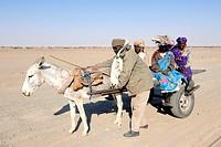 Villagers, Nubian Desert, Sudan, Africa