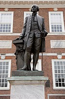 Statue of Washington, Independence Hall, Philadelphia, Pennsylvania, United States of America, North America