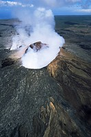 The Pulu O´s cinder cone, the active vent on the southern flank of the Kilauea volcano, UNESCO World Heritage Site, Big Island, Hawaiian Islands, Unit...
