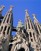 Gaudi church architecture, La Sagrada Familia, Barcelona, Catalunya Catalonia Cataluna, Spain, Europe