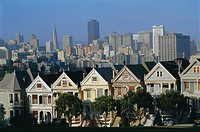 The Painted Ladies, grand 19th century houses, Alamo Square, San Francisco, California, USA