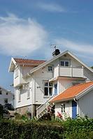 Trävilla På Västkusten, Exterior Of Suburban House In West Coast