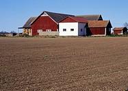 Bondgård, Tåkernbygden, Östergötland, House In Field