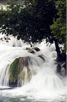 Vattenfall I Naturreservatet Vid Staden Skradin I Kroatien, Waterfall, Close_Up