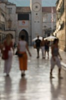 Shoppers in Dubrovnik, Croatia