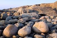 Klippor Och Stenar På Hönö I Bohuslän, Rock With Rock Formation