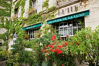 Exterior of 'Au Claire De La Lune' restaurant, Montmartre, Paris, &#206;le de France, France