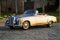 Mercedes 190SL, classic car