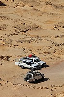 3 no 4 wheel drive vehicles in the desert in Ras Mohammed National Park, near Sharm El Sheik, Sharm ash Shaykh, Sinai Peninsula, Janub Sina, Red Sea, ...