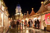 Germany, Berlin, Gendarmenmarkt, French cathedral, christmas_market, visitors, evening, capital, buildings, architecture, playhouse, landmark, place, ...