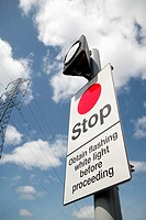 Safety sign, Flashing light at railway crossing (thumbnail)