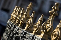Close-Up, Day, Design, Gate, Gilded (thumbnail)