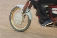 Blurred Motion, Close_Up, Day, Low Section