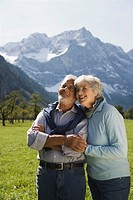 Austria, Ahornboden, Senior couple in mountain secenery