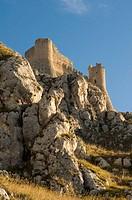 Italy, Abruzzo, Calascio  Ruined castle, Rocca Calascio, built in the 1400´s overlooks the landscape of the Gran Sasso National Park
