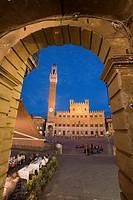 Palazzo Publico & Piazza del Campo, Sienna, Tuscany, Italy