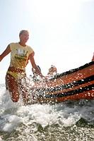 Schlauchboot im Wasser