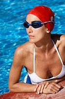 Woman natation pool