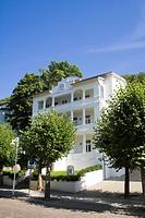 Villa im Stil der Bäderarchitektur in der denkmalgeschützten, Ostseebad Sellin, Rügen, Mecklenburg_Vorpommern, Deutschland, Europa