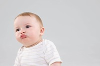 Baby making faces (thumbnail)