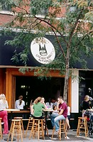 Sidewalk cafe at Lincoln Park, Chicago, Illinois, USA