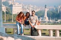 Three travellers, Parque Eduardo VII, Praca Marques de Pombal, Baixa, Lisbon, Portugal