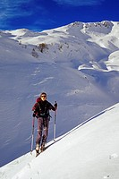 Switzerland, Canton of Ticino, Ski touring up the Cima di Garina
