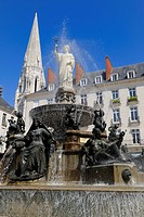 France, Loire Atlantique, Nantes, Place Royale and fountain