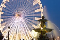 Ferris wheel and fountain on the Place de la Concorde, Paris, France