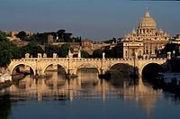 Italy, Lazio, Rome, the bridge Sant´ Angelo and Saint Peter´s basilica
