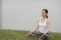 Front view of a woman in lotus position (thumbnail)