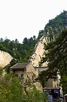 Asia, China, Shanxi, Huayin, Huashan Mountain, West Peak, Green Dragon Ridge