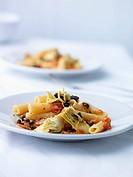 Tortiglioni with artichokes