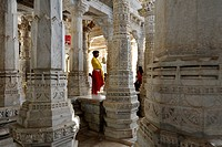 Seth Anandji Kalayanji Pedhi, Jain temple complex, a monk in the portico of Adinatha Temple, Ranakpur, Rajasthan, North India, India, South Asia, Asia