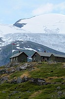 Holiday homes between Veitastrond and Tungastoelen, northwest of Lake Veitstrondsvatn, view on the Langedalsbre glacier, glacier tongue of the Josteda...