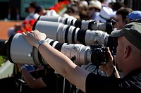 Sports photographers with telephoto lenses, tennis, the ITF Grand Slam tournament, French Open 2009, Roland Garros, Paris, France, Europe
