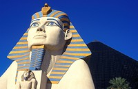 Sphinx and pyramids, Luxor Casino, hotel, casino hotel, Las Vegas, Nevada, USA